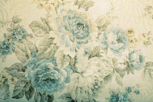 PAPEL PINTADO CON EL MODELO DEL VICTORIAN AZUL FLORAL 500x334 - Fotomural Tapiz Azul Floral Victorian